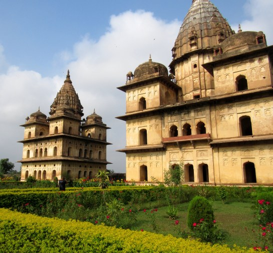 cenotaphs-at-orchha7